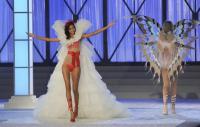 https://t10.pixhost.to/thumbs/0/42540206_lais-ribeiro-victoria_s_secret_fashion_show_2011_07.jpg