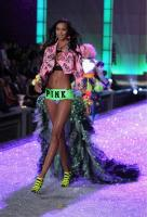 https://t10.pixhost.to/thumbs/0/42540208_lais-ribeiro-victoria_s_secret_fashion_show_2011_18.jpg