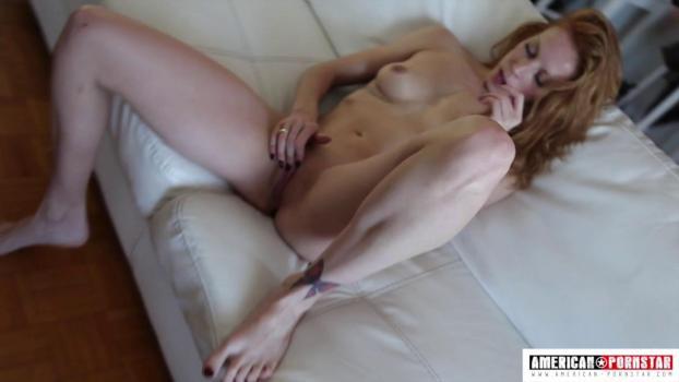 american-pornstar-16-12-01-hellie-sky.jpg