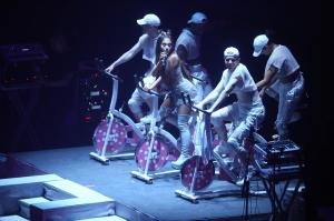 Ariana Grande Performing in Rio de 9