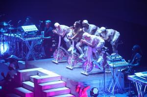 Ariana Grande Performing in Rio de 18