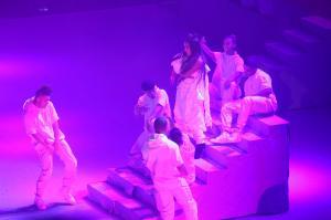 Ariana Grande Performing in Rio de 93