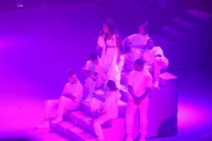 Ariana Grande Performing in Rio de 96