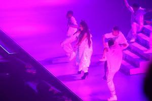 Ariana Grande Performing in Rio de 98