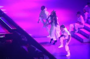 Ariana Grande Performing in Rio de 105