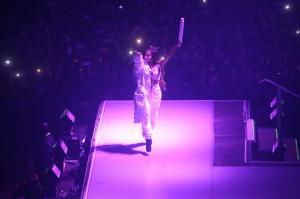 Ariana Grande Performing in Rio de 133