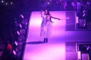 Ariana Grande Performing in Rio de 138